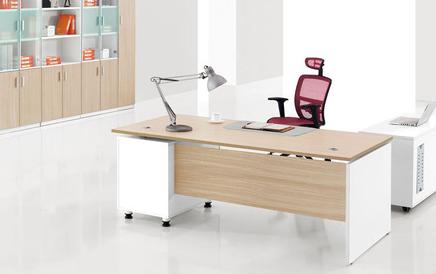大型办公家具定制的标准及会议桌定制优点分享