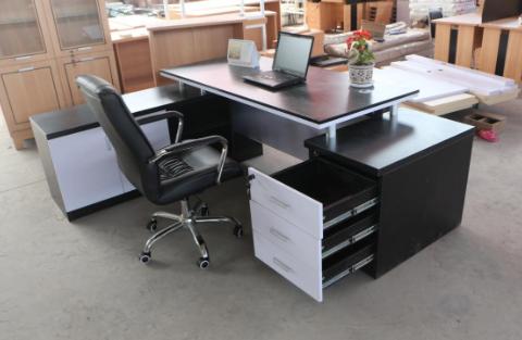 办公室家具定制的好处是什么?需要注意哪些事项?